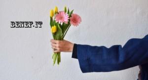 Бенефит поздравляет всех женщин с 8 Марта!